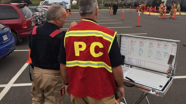 Produits dangereux : les pompiers de Drummondville se pratiquent à intervenir